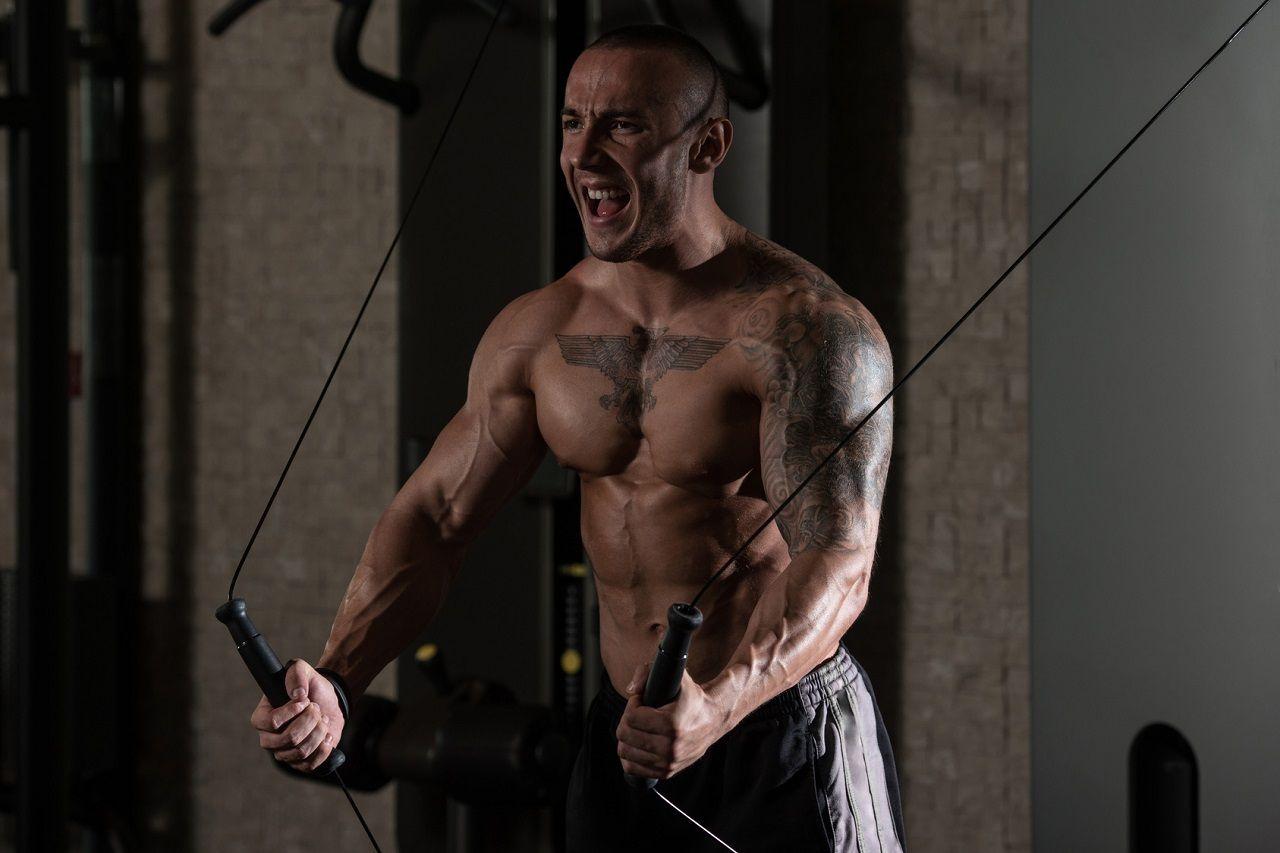 Erst abnehmen, dann Muskeln aufbauen? 4 gute Gründe