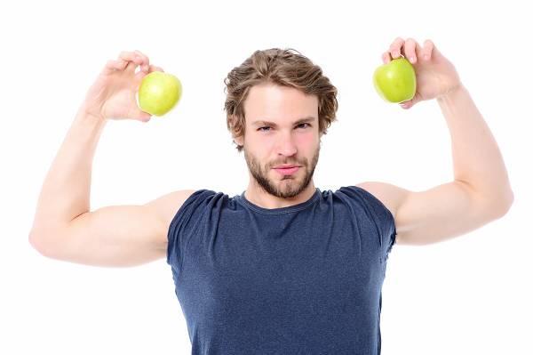 Erfolgreich Muskeln aufbauen: Mit einem Apfel kann man nicht falsch liegen, oder? Wer weiß heute noch wirklich, was auf den Speiseplan gehört, wenn man sich gesund ernähren möchte?