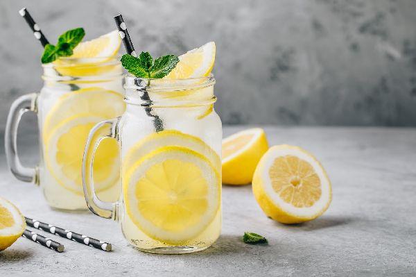 Zitronenwasser (am Morgen) ist gesund: Erzähl' doch keinen Bullshit!