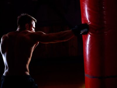 Kognitive Denkfehler im Kraftsport & Training: Erkennen & Überwinden