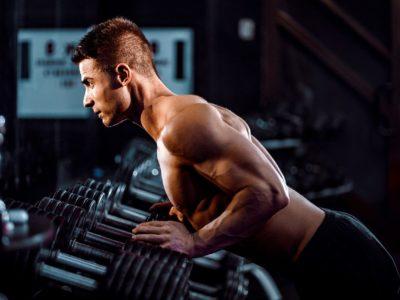 Muskelaufbau trotz Diät? Das Kaloriendefizit killt deine Proteinsynthese
