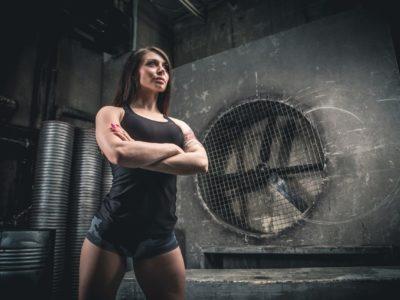 Intermittent Fasting in trainierten Frauen: Mehr Muskeln, weniger Fett? | Studien Review