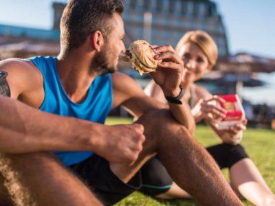 Stark verarbeitete Lebensmittel und ihr Einfluss auf die Kalorienzufuhr